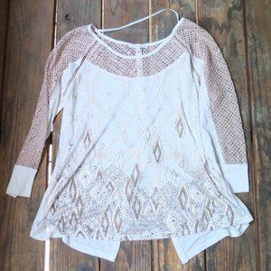 Miss Me 3/4 Sleeve Sequin Crochet Diamond Top Med